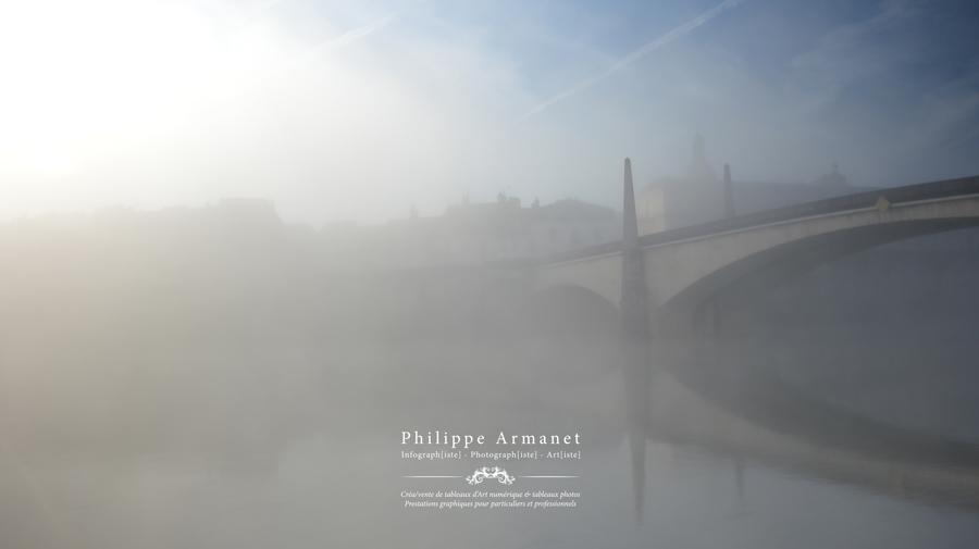 Photo de Chalon-sur-Saône dans la brume