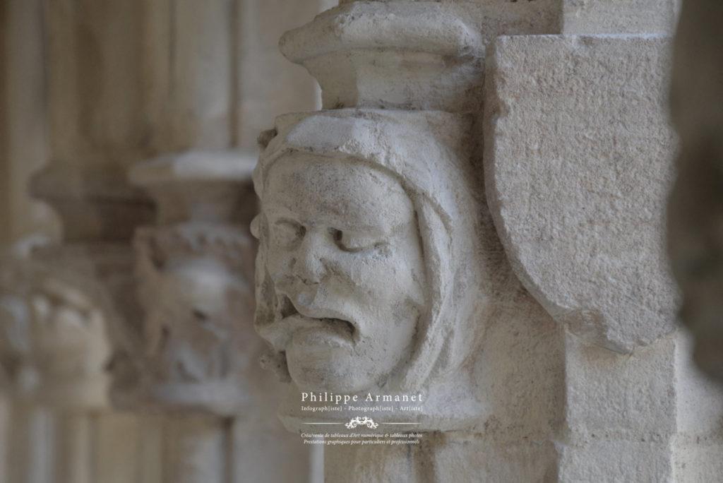 Photographie des sculptures du Cloître Saint-Vincent à Chalon-sur-Saône. Tous droits réservés : Philippe Armanet.