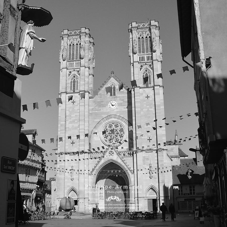Photographie de la Cathédrale Saint-Vincent à Chalon-sur-Saône. Tous droits réservés : Philippe Armanet.