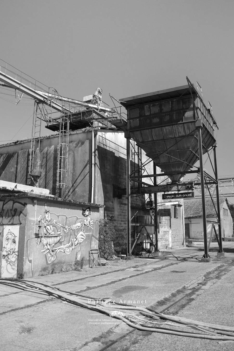 Friches industrielles de Chalon sur Saône, photographie noir et blanc en tirage limité