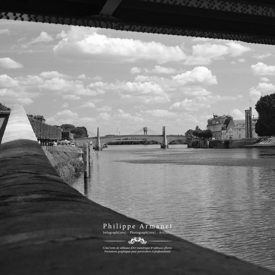 Photographie en noir et blanc de Chalon-sur-Saône